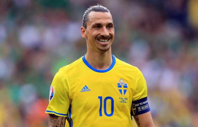 Zlatan Ibrahimovic returns to Sweden's squad after 5 years