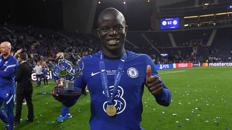 Chelsea 'planning to open contract talks with N'Golo Kante'